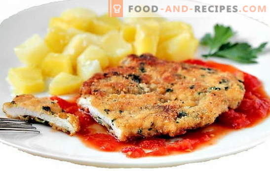 Délicatesse de la panure de côtelettes de filet de poulet. Il n'est pas nécessaire d'être cuisinier, avec des côtelettes de filet de poulet, vous êtes toujours à la hauteur