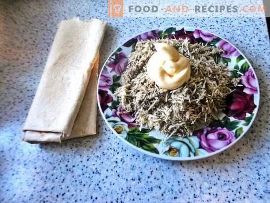 Pain Lavash au fromage fondu: une collation à petit prix. Recette photo pas à pas d'un petit pain pita au fromage fondu: simple et savoureux!