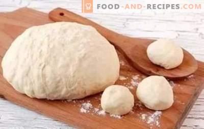 Comment faire de la pâte comme du duvet - sur le kéfir ça va marcher! Recettes de pâte pour le kéfir pour les tartes et pas seulement pour eux