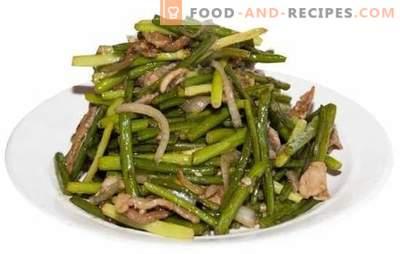 Flèches à l'ail frites - des recettes savoureuses! Différents plats de flèches à l'ail frites, recettes avec légumes, œufs, viande, champignons