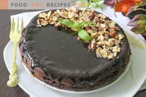 Gâteau au chocolat avec glaçage au chocolat et noisettes