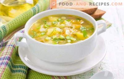 Soupe aux pois sans viande: manger sans calories supplémentaires. Potages aux champignons, chou et pois crémeux sans viande