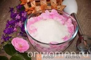 Confiture de pétales de thé rose sans cuisson