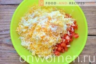 Tartelettes au fromage, tomates et œufs