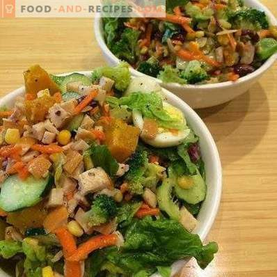 Салати с пушено пиле и краставица