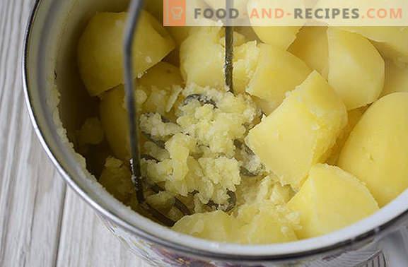 Cuisson de la purée de pommes de terre avec du lait de consistance appropriée
