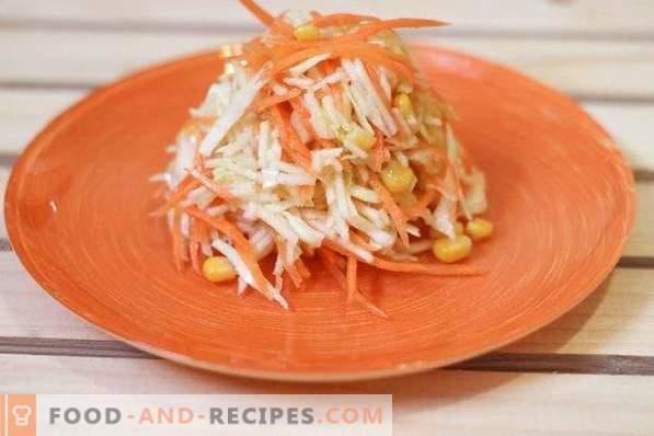 Salade aux pommes, carottes, chou et maïs