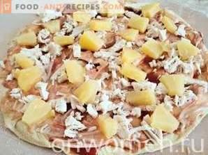 Pizza au poulet et à l'ananas