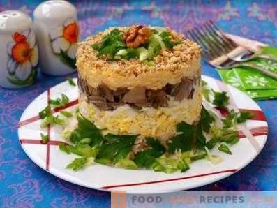 Salades feuilletées aux champignons et au poulet