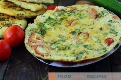 Omelette aux tomates dans une casserole