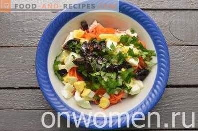 Salade de poulet, pruneaux et carottes coréennes