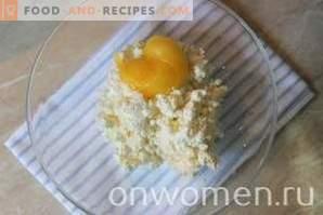 Dessert au fromage blanc avec cerise