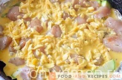 Casserole de courgettes avec du poulet au four