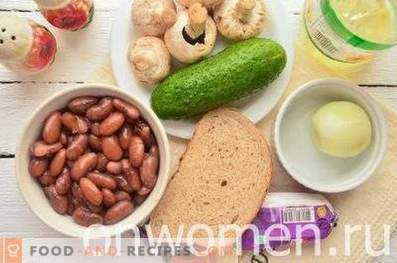 Salade de haricots, craquelins et champignons