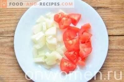 Sauce aux champignons avec tomates et olives