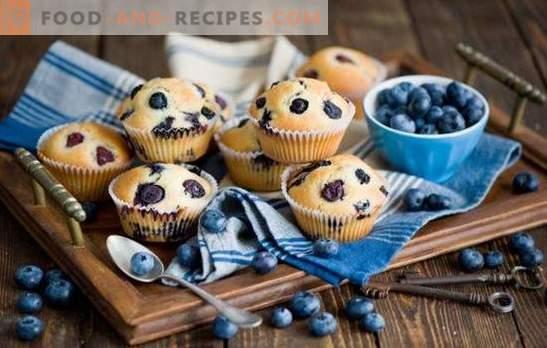 Petits gâteaux aux myrtilles: flocons d'avoine, produits laitiers, noix de coco et glaçage. Les meilleures recettes de muffins à la myrtille - surprenez vos proches