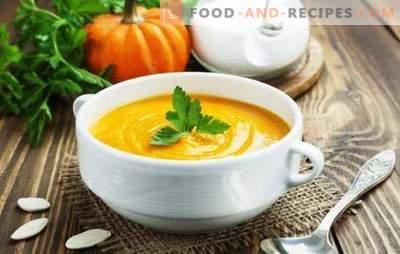 Creamy Pumpkin Cream Soup: Un chef-d'œuvre aux notes colorées. Variétés de velouté de potiron à la crème