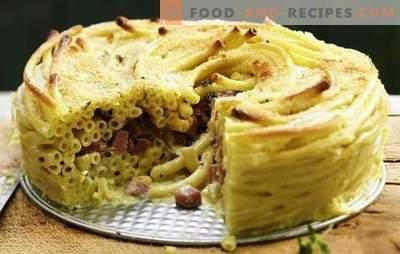 Le plat de pâtes avec saucisse est une option de déjeuner rapide. Une sélection de recettes casserole de pâtes aux saucisses