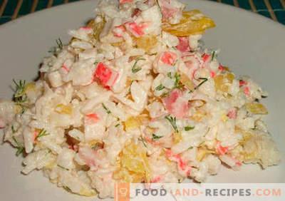 Salade de crabe avec du riz - recettes éprouvées. Comment faire cuire une salade de crabe avec du riz.